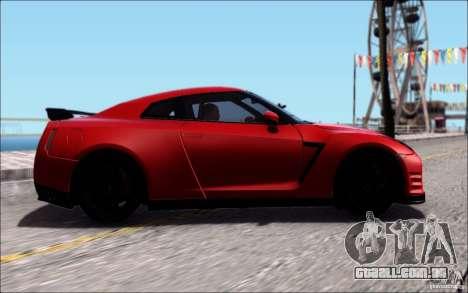 Nissan GTR 2011 Egoist (versão com sujeira) para GTA San Andreas vista traseira