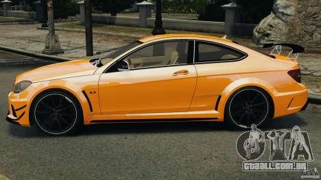 Mercedes-Benz C63 AMG 2012 para GTA 4 esquerda vista