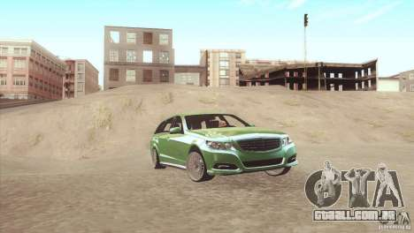 Mercedes-Benz E-Class Estate S212 para GTA San Andreas esquerda vista