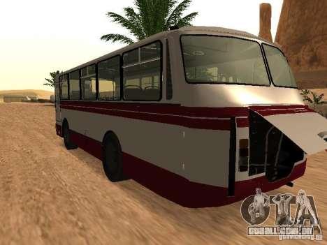 LAZ 695 para GTA San Andreas traseira esquerda vista
