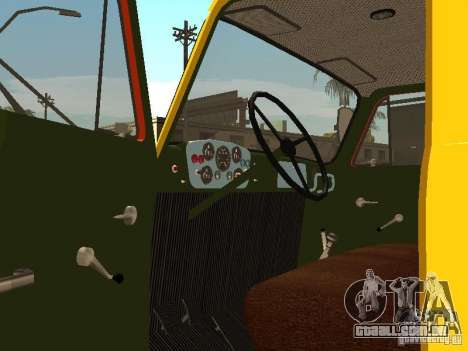 GAZ 53 para GTA San Andreas vista interior