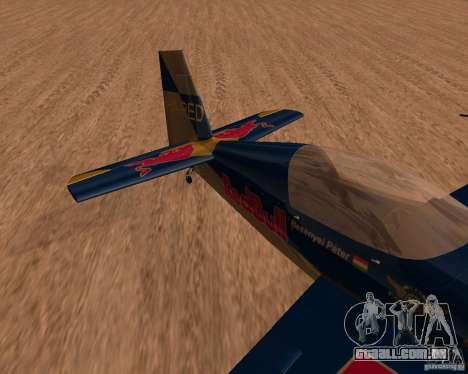 Extra 300L Red Bull para GTA San Andreas esquerda vista