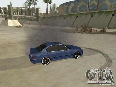 BMW M5 E34 V2.0 para GTA San Andreas vista traseira