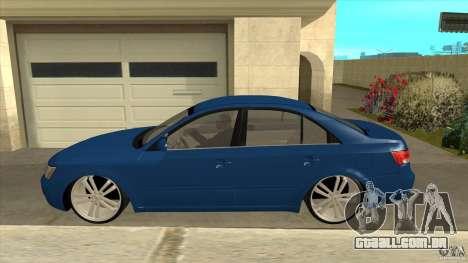 Hyundai Sonata NF para GTA San Andreas esquerda vista