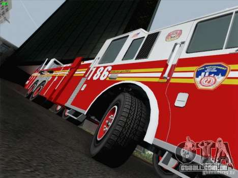 Seagrave Marauder. F.D.N.Y. Tower Ladder 186 para GTA San Andreas interior