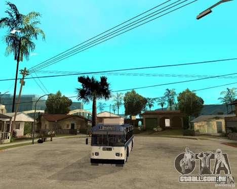 ZiU 52642 para GTA San Andreas vista traseira
