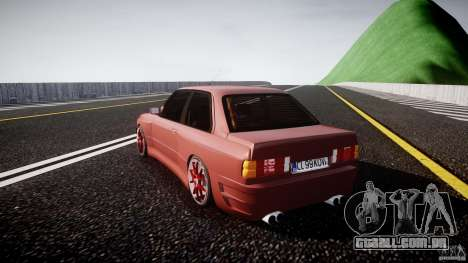 BMW E30 v8 para GTA 4 traseira esquerda vista