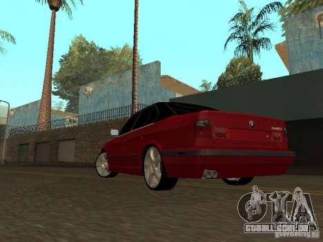 BMW 540i E34 para GTA San Andreas traseira esquerda vista