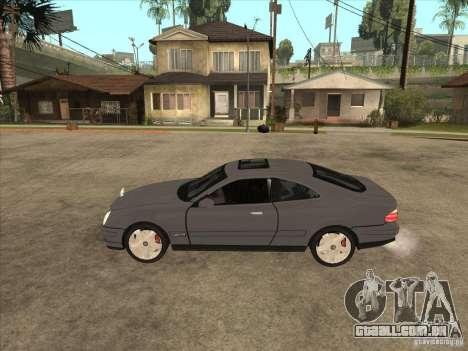 Mercedes-Benz CLK320 Coupe para GTA San Andreas esquerda vista