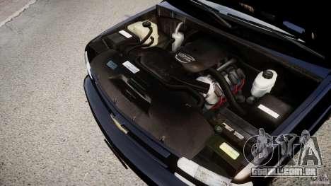 Chevrolet Suburban Z-71 2003 para GTA 4 vista interior