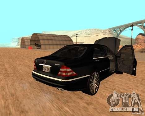 Mercedes-Benz S65 AMG W220 para GTA San Andreas esquerda vista