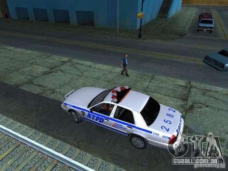 Ford Crown Victoria 2009 New York Police para GTA San Andreas vista interior