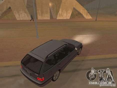 BMW 318 Touring para GTA San Andreas vista interior
