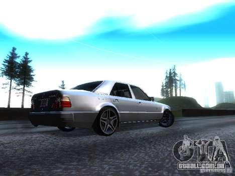 Mercedes-Benz E500 W124 para GTA San Andreas esquerda vista