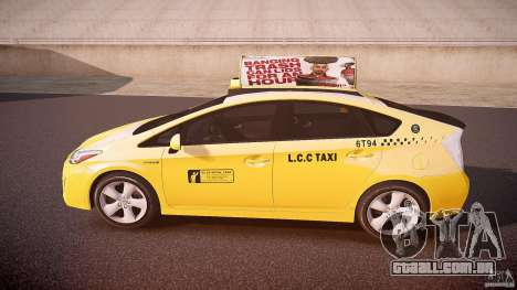 Toyota Prius LCC Taxi 2011 para GTA 4 esquerda vista