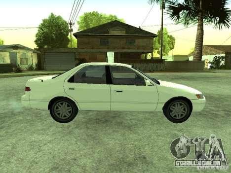 Toyota Camry 2.2 LE para GTA San Andreas vista direita