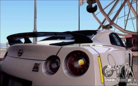 Nissan GTR 2011 Egoist (versão com sujeira) para o motor de GTA San Andreas