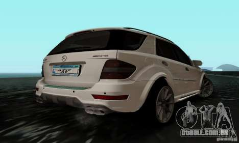 Mercedes Benz ML63 AMG para GTA San Andreas esquerda vista