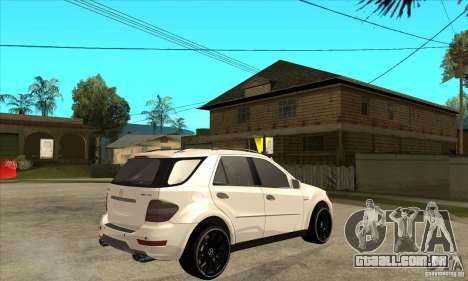 Mercedes-Benz ML 63 para GTA San Andreas vista direita