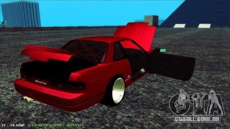Nissan Onivia para GTA San Andreas vista interior