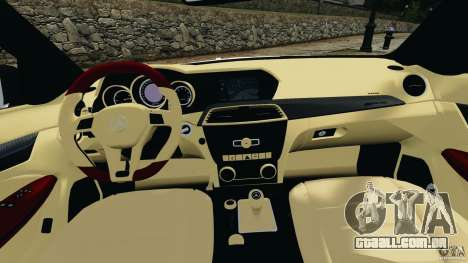 Mercedes-Benz C63 AMG 2012 para GTA 4 vista de volta