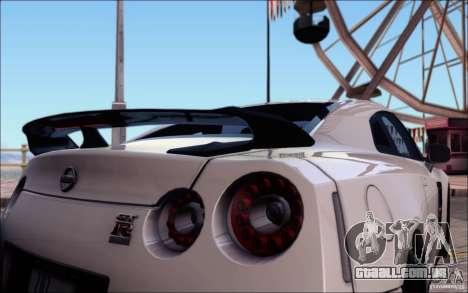 Nissan GTR 2011 Egoist (versão com sujeira) para GTA San Andreas interior