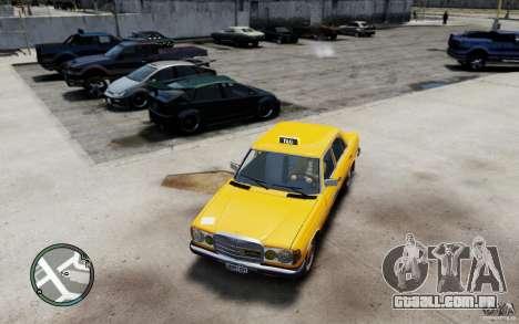 Mercedes-Benz 230 E Taxi para GTA 4 esquerda vista