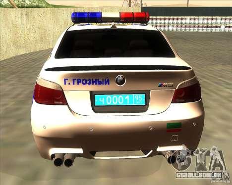 BMW M5 E60 polícia para GTA San Andreas traseira esquerda vista