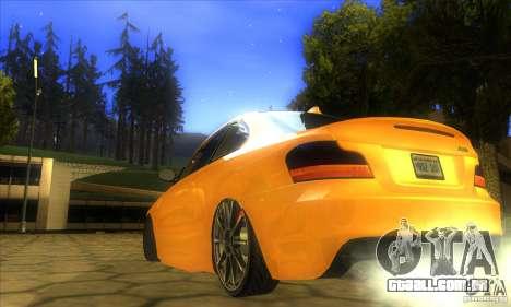 BMW 135i Coupe Custom para GTA San Andreas esquerda vista