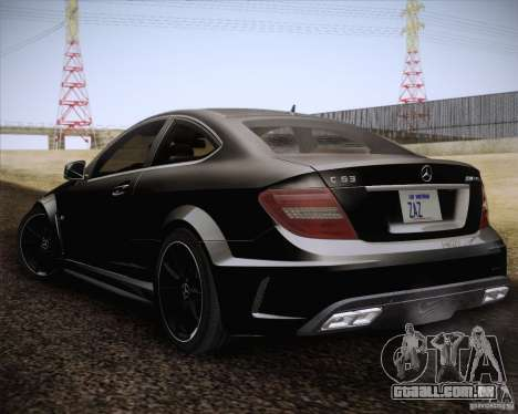 Mercedes-Benz C63 AMG Black Series para GTA San Andreas esquerda vista