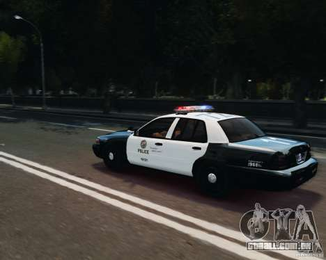Ford Crown Victoria LAPD para GTA 4 vista lateral