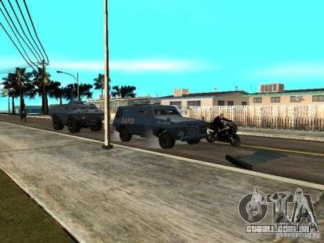 SWAT e FBI caminhão andam pelas ruas de para GTA San Andreas