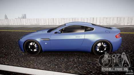 Aston Martin V8 Vantage V1.0 para GTA 4 esquerda vista