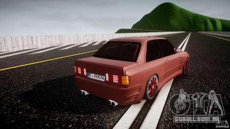 BMW E30 v8 para GTA 4 vista lateral