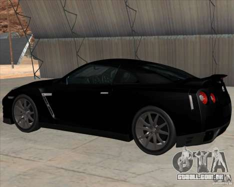 Nissan GT-R R35 para GTA San Andreas traseira esquerda vista