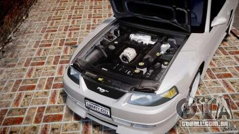 Ford Mustang SVT Cobra v1.0 para GTA 4 vista interior