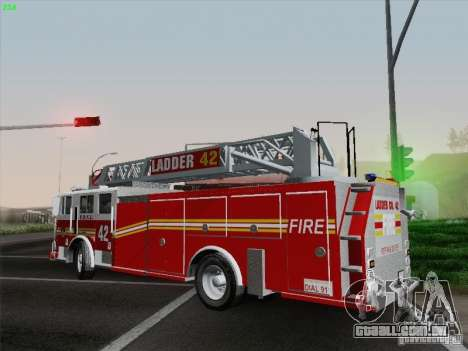 Seagrave Ladder 42 para vista lateral GTA San Andreas