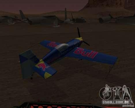 Extra 300L Red Bull para GTA San Andreas vista direita