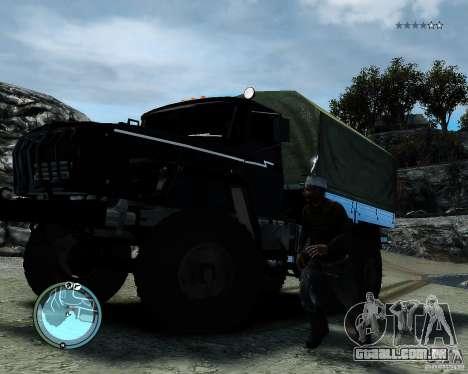 Ural 4320 para GTA 4 vista de volta