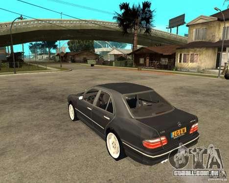Mercedes–Benz E Class para GTA San Andreas