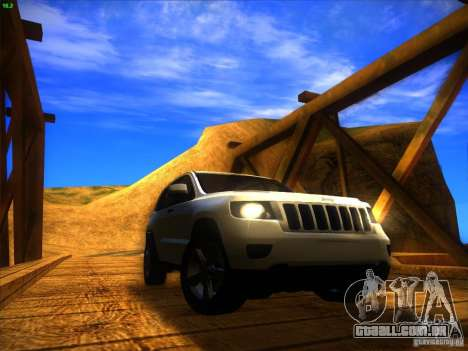 Jeep Grand Cherokee 2012 v2.0 para GTA San Andreas vista direita