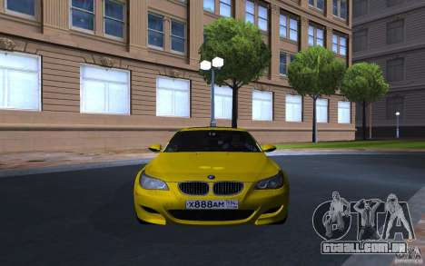 BMW M5 Gold Edition para GTA San Andreas esquerda vista