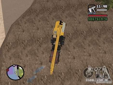 KrAZ-250 MKAT-40 para GTA San Andreas traseira esquerda vista