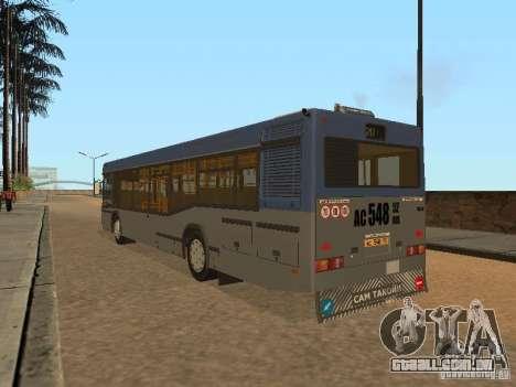 MAZ 103 para GTA San Andreas traseira esquerda vista
