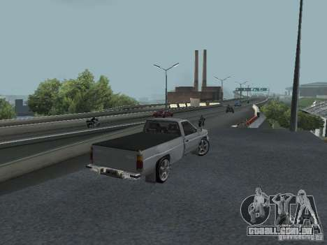 Nissan Pick-up D21 para GTA San Andreas vista traseira