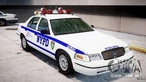 Ford Crown Victoria NYPD para GTA 4 motor