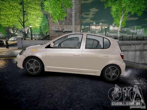 Toyota Vitz para GTA 4 esquerda vista