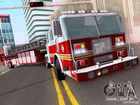 Seagrave Tiller Truck para GTA San Andreas traseira esquerda vista