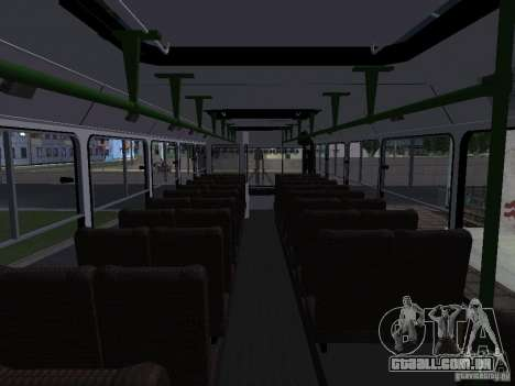 LIAZ 5256 Suburban para GTA San Andreas vista interior