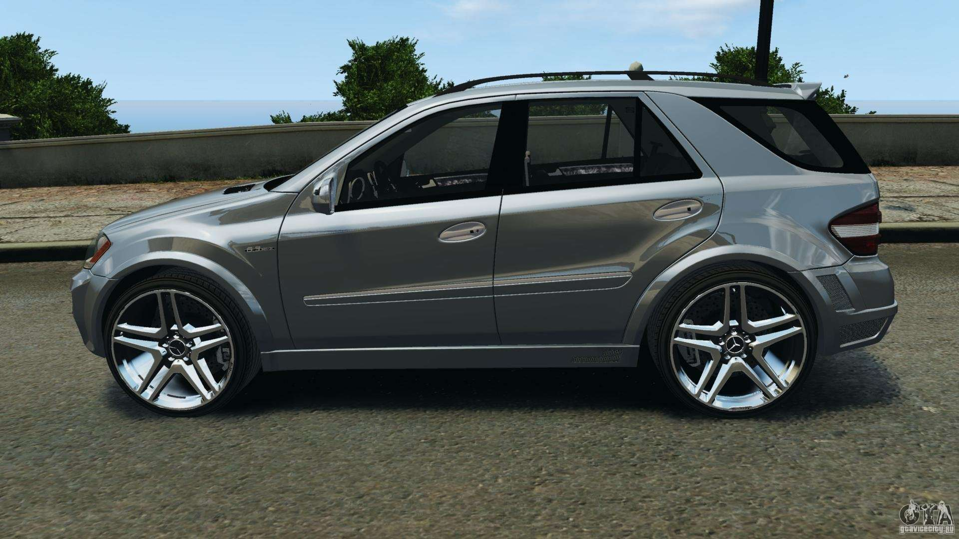 Mercedes Benz ML63 AMG Brabus Para GTA 4 Esquerda Vista